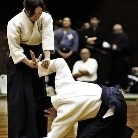 Aikido dla kobiet – Ćwiczenia + samobrona